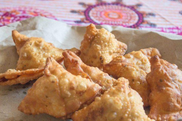 Samosa: la ricetta dei fagottini fritti tipici dello street food indiano
