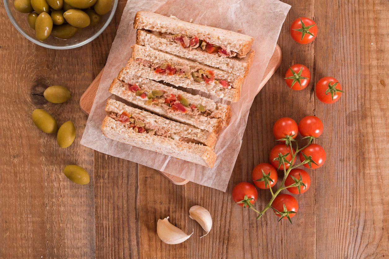 Tramezzini: la ricetta sfiziosa per un buffet