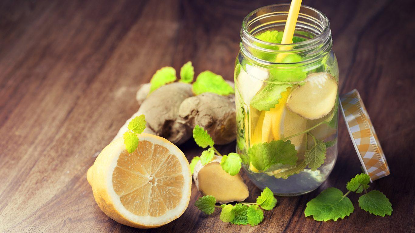 Acqua detox: come si prepara e i consigli