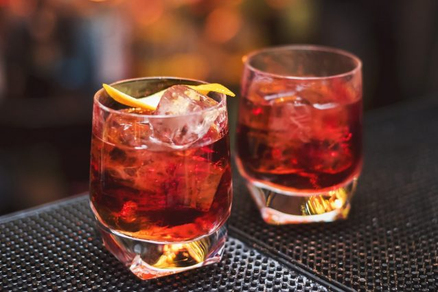 Americano Ricetta Angostura.Cocktail Americano La Ricetta Le Dosi E La Storia