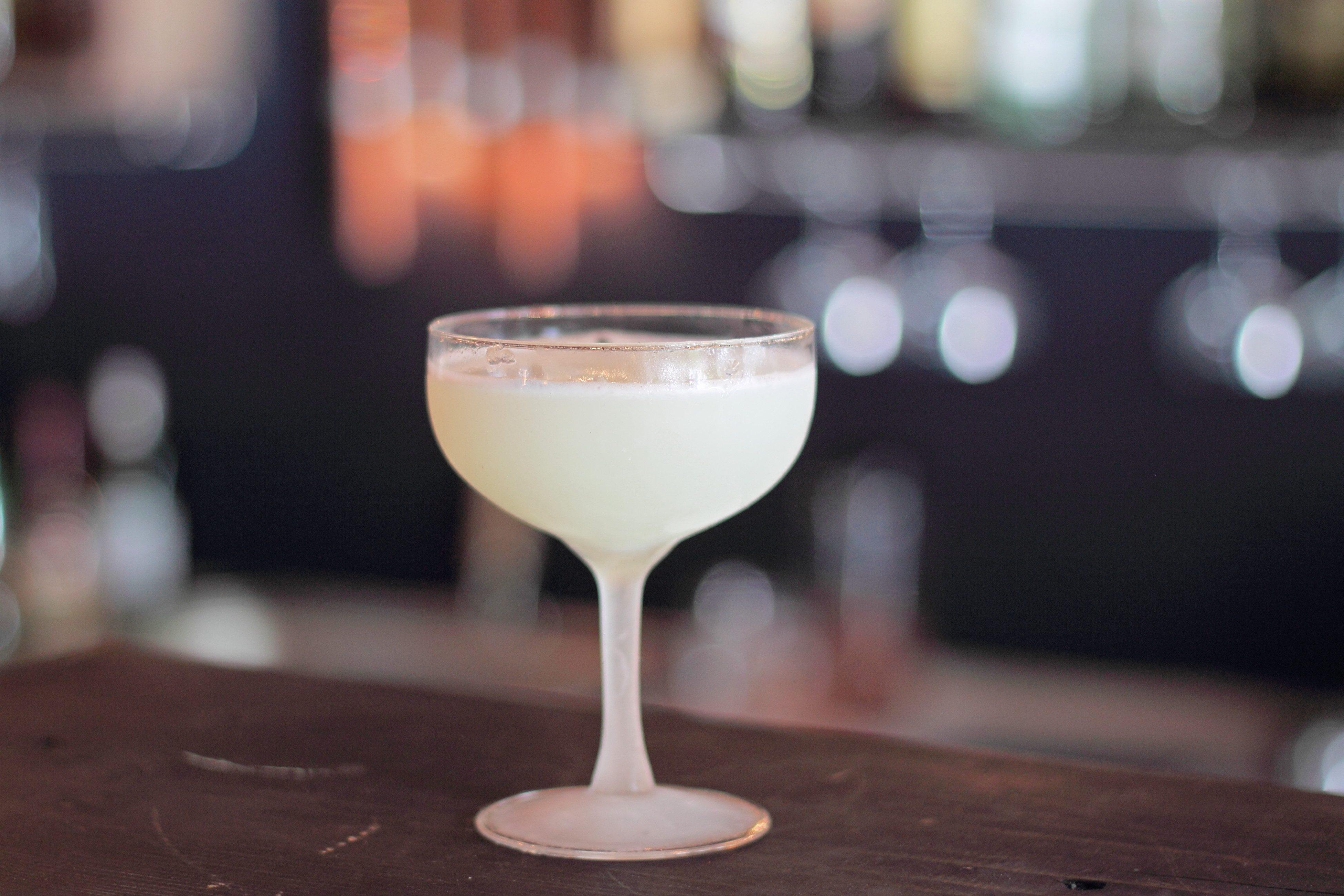 White lady: la ricetta del cocktail per tutte le ore