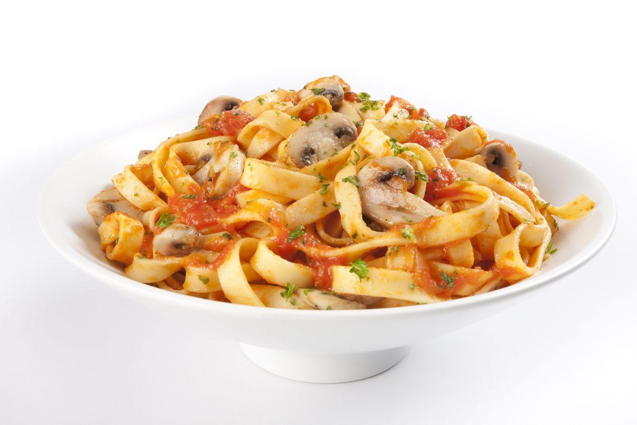 Fettuccine alla romana: la ricetta del primo della tradizione laziale