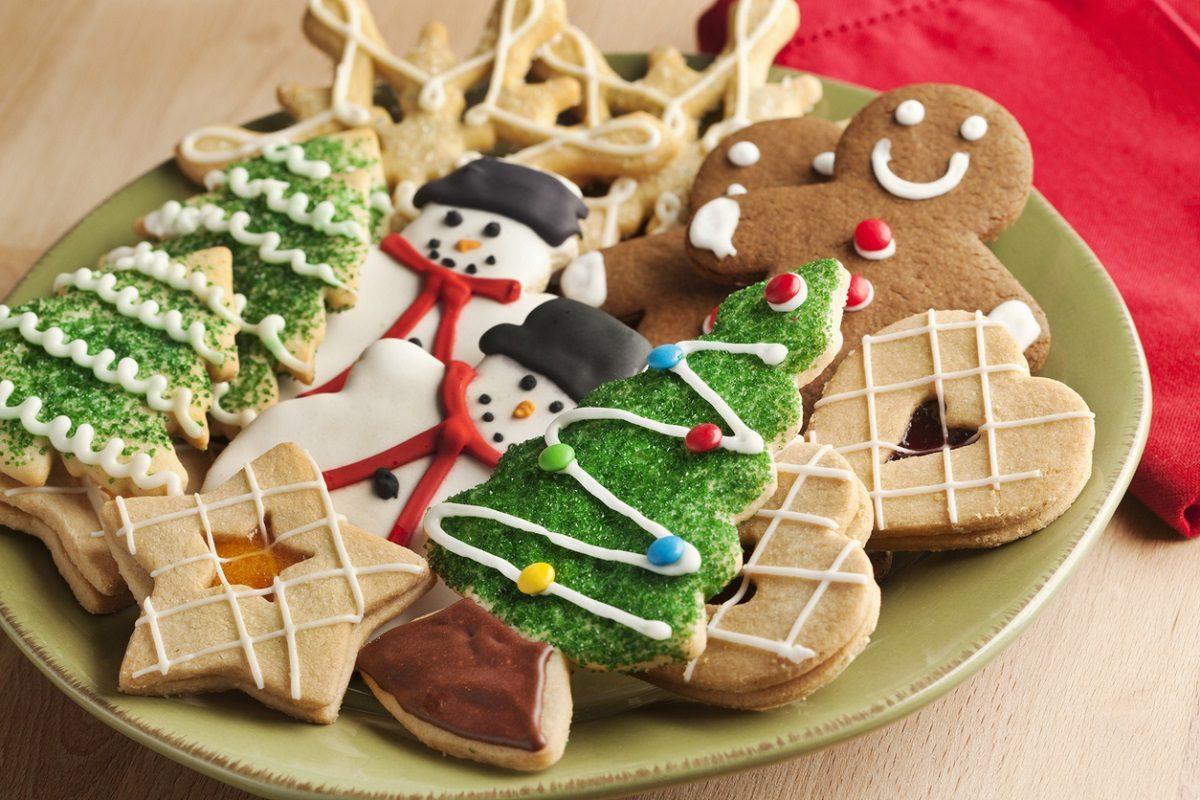 Regalare Biscotti Di Natale.Biscotti Di Natale 10 Ricette Semplici E Golose