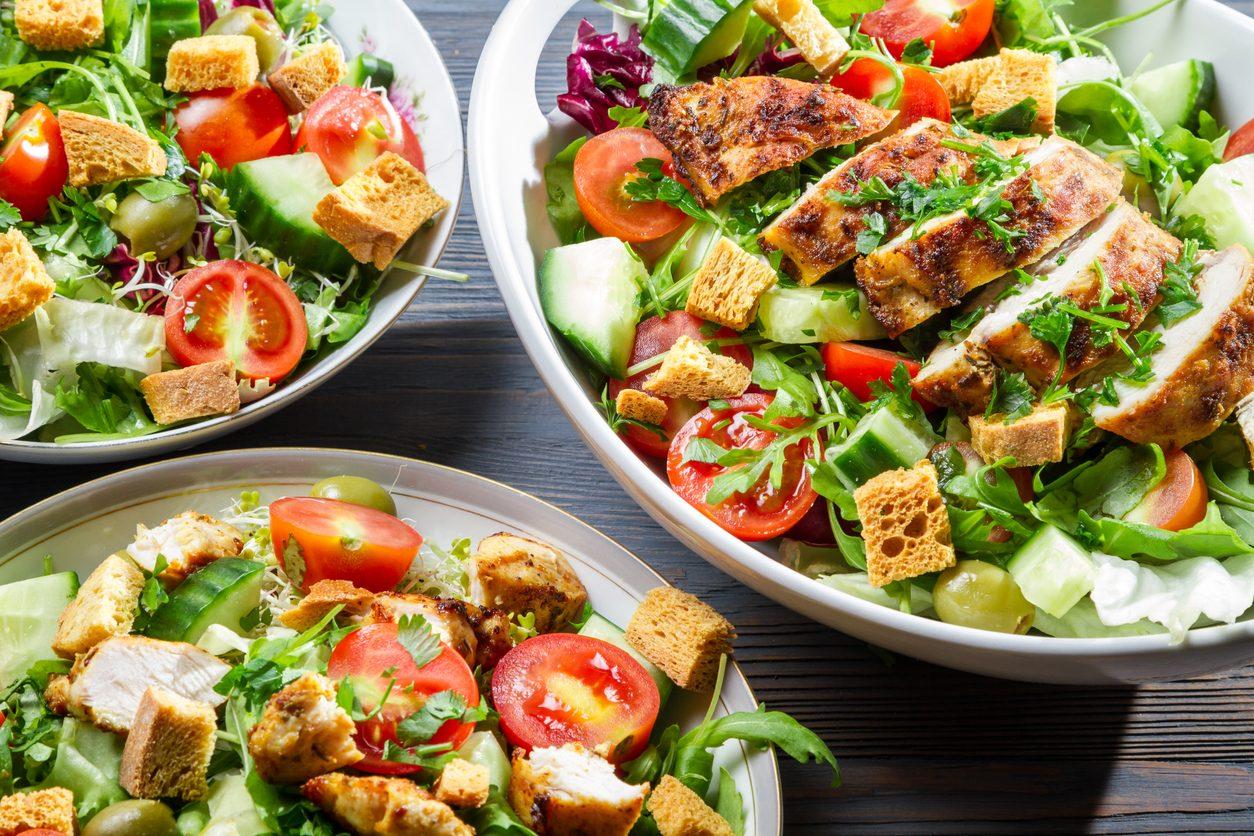 Insalate di pollo: le ricette più gustose e leggere