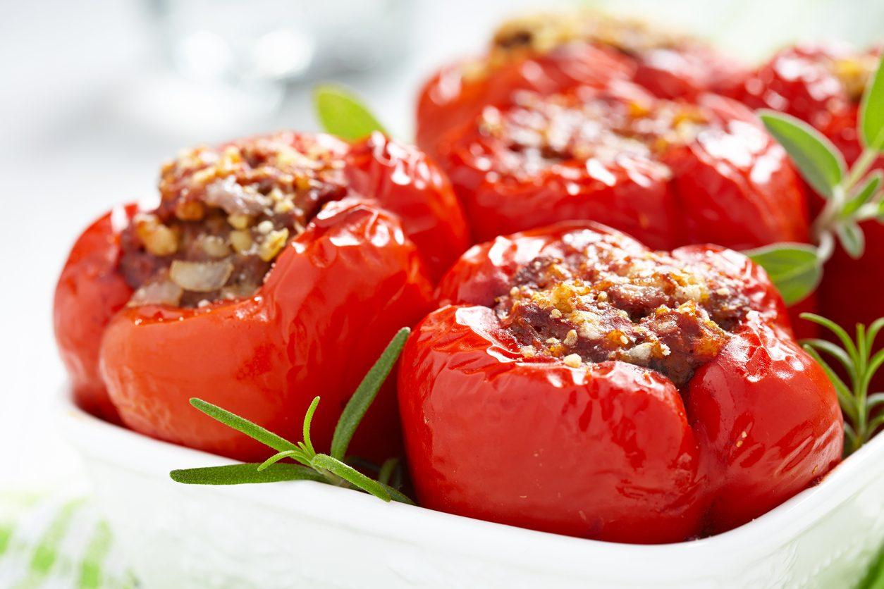 Papaccelle ripiene di carne: la ricetta dei peperoni papaccelle imbottiti al forno