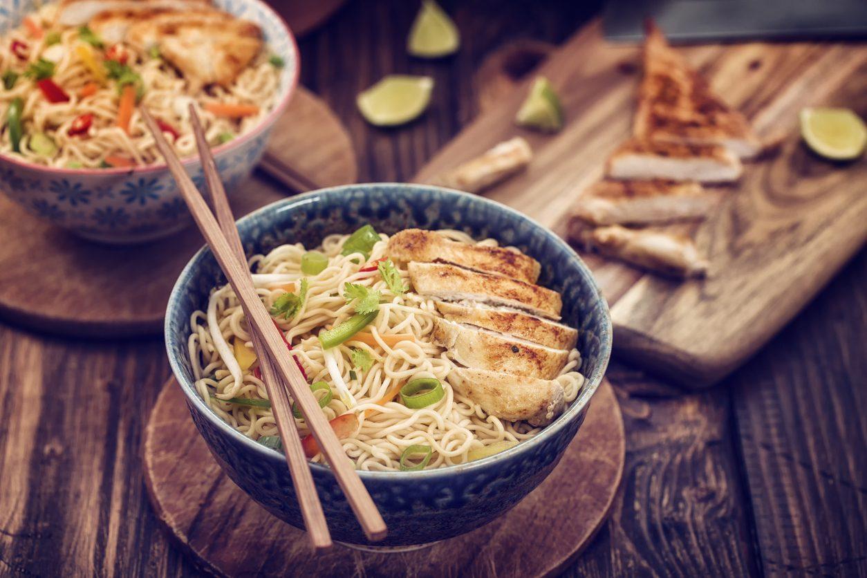Noodles: cosa sono, tipologie e come cucinarli