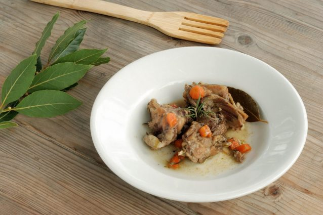 Come cucinare il coniglio: coniglio alla romana