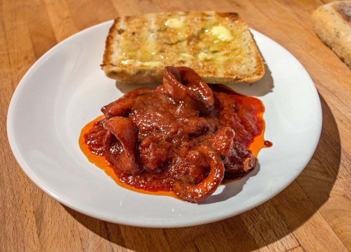 Moscardini in guazzetto: la ricetta del piatto di pesce semplice e delizioso