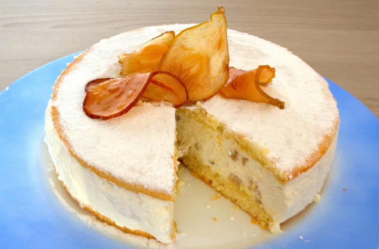 Torta ricotta e pere: la ricetta del dolce cremoso e fresco
