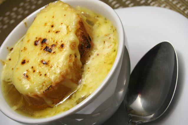 zuppa di cipolle ricetta originale