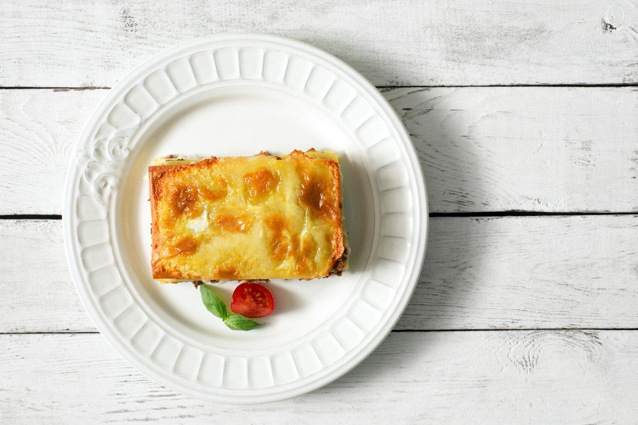 Lasagne al radicchio e scamorza: la ricetta del primo al forno