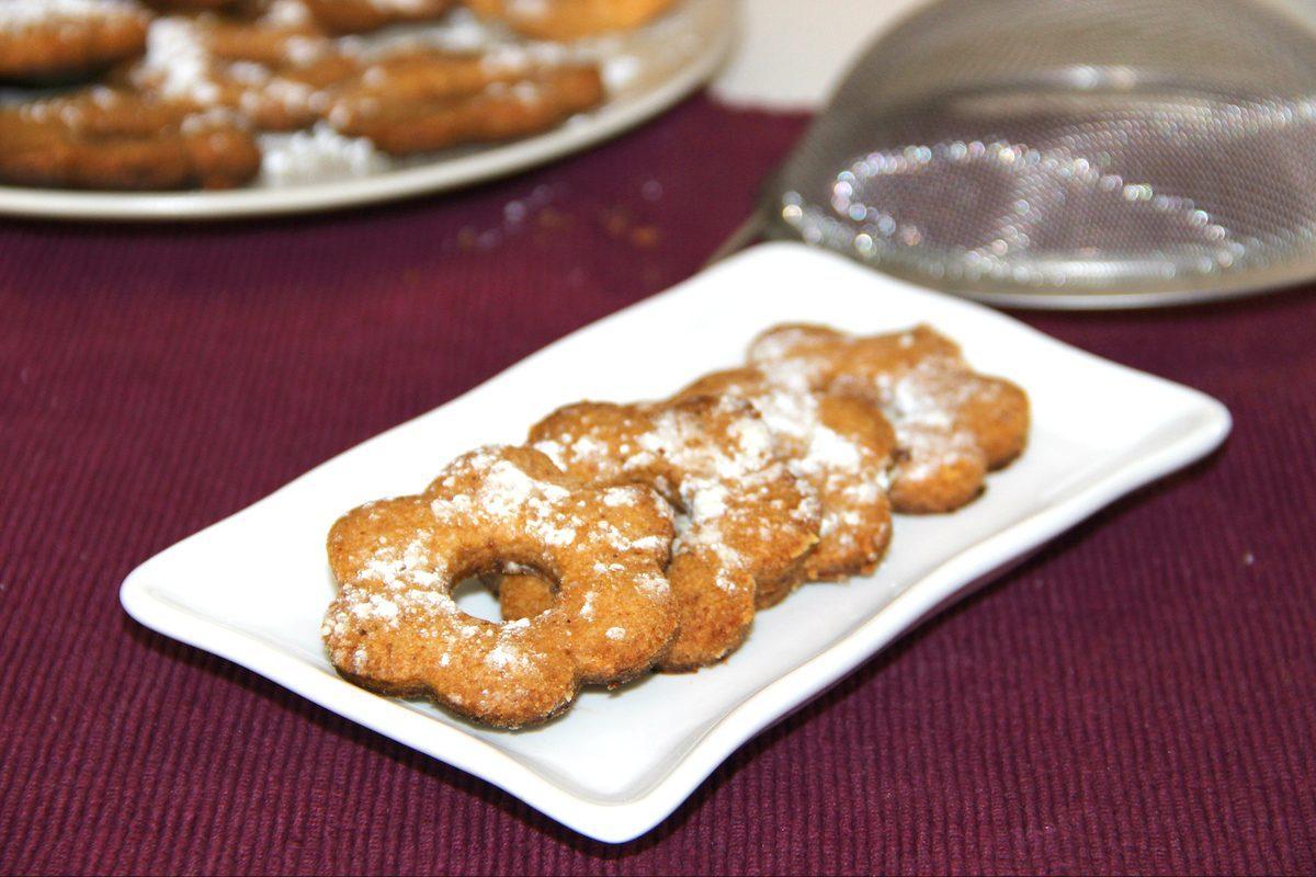 Canestrelli: la ricetta dei biscotti friabili spolverati con zucchero a velo