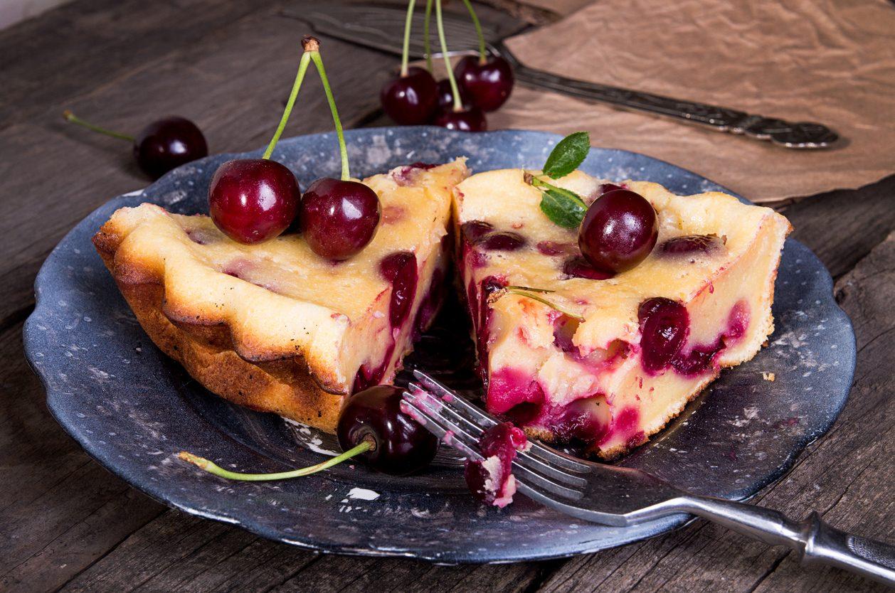 Clafoutis di ciliegie: la ricetta del dolce francese