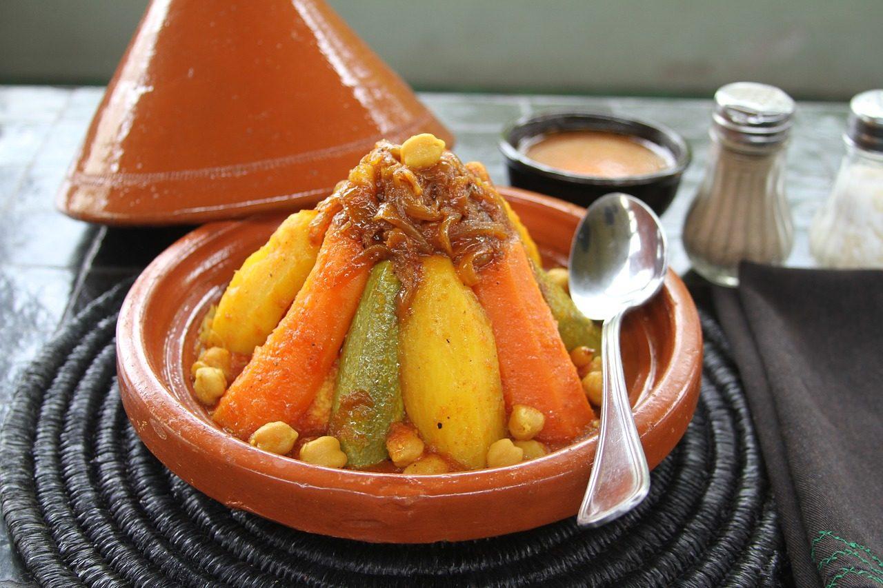 Cous cous di agnello: la ricetta del piatto tradizionale della cucina nordafricana