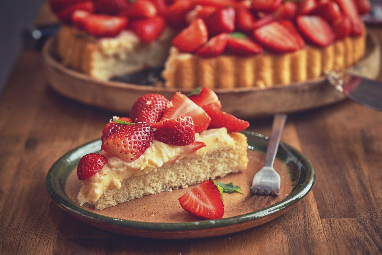 Crostata di fragole e crema alla vaniglia: la ricetta della torta cremosa alla frutta