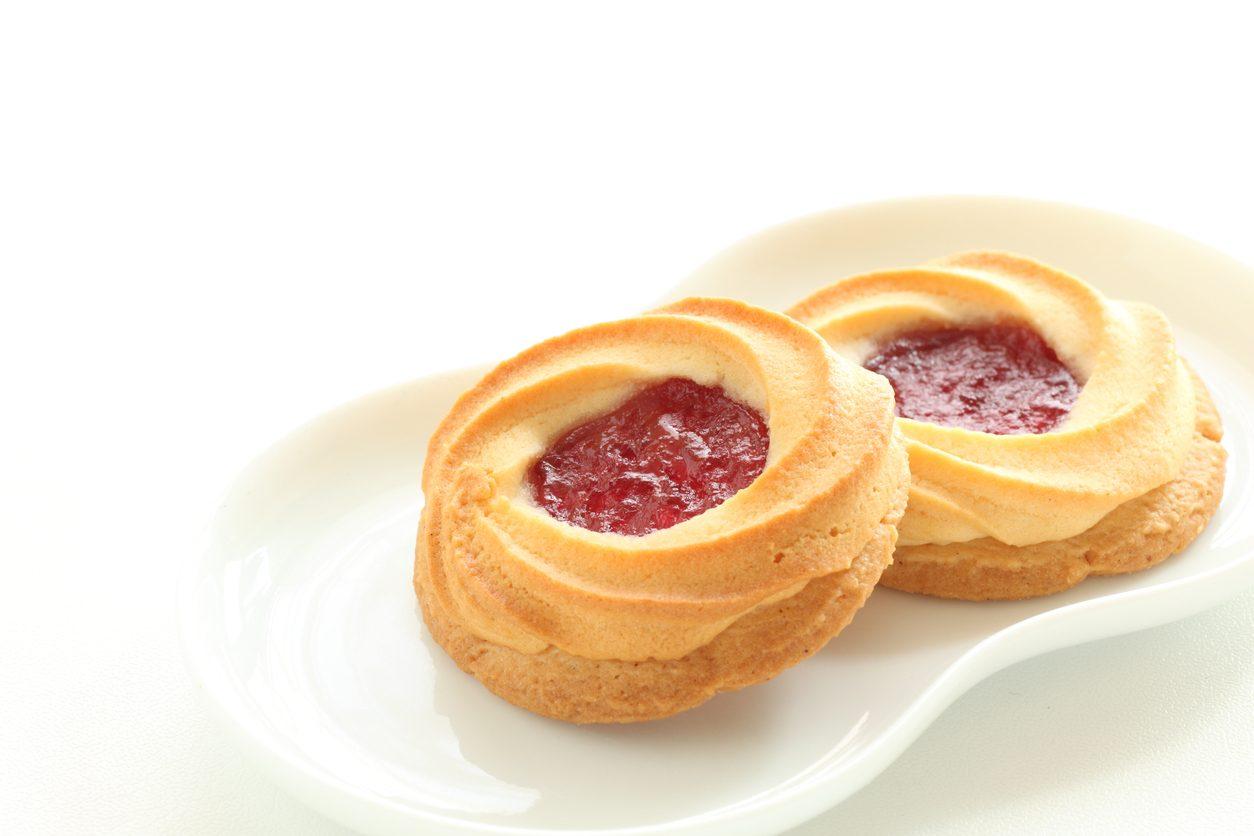 Biscotti arrotolati alla marmellata: la ricetta semplice e veloce con cuore dolce