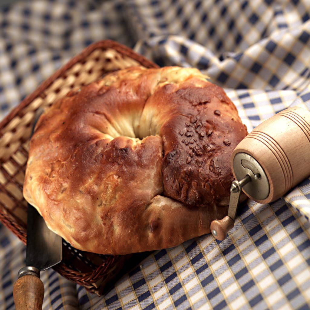 Tortano con patate nell'impasto: la ricetta del rustico ricco da gustare a Pasqua
