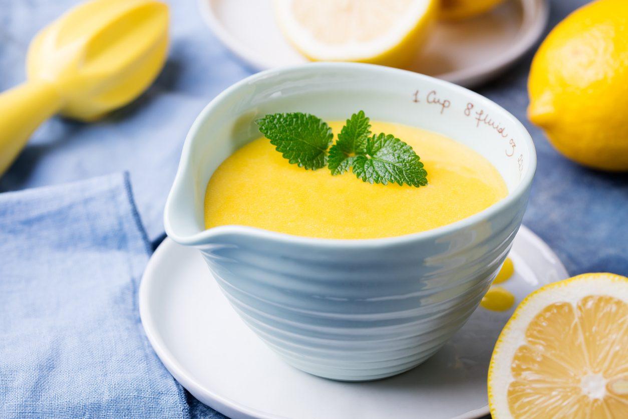 Lemon curd: la ricetta della crema al limone inglese per torte e dessert