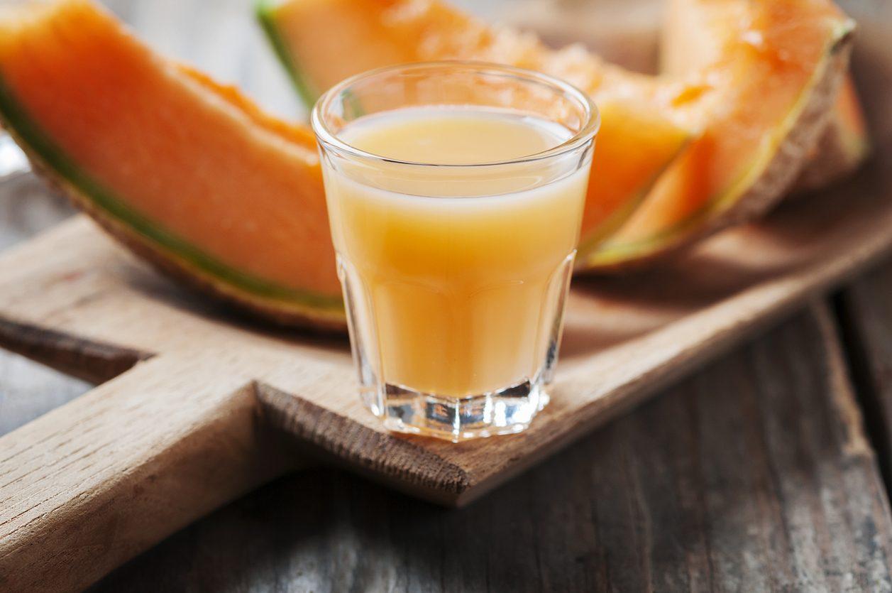 Meloncello: la ricetta della crema al melone da fare in casa