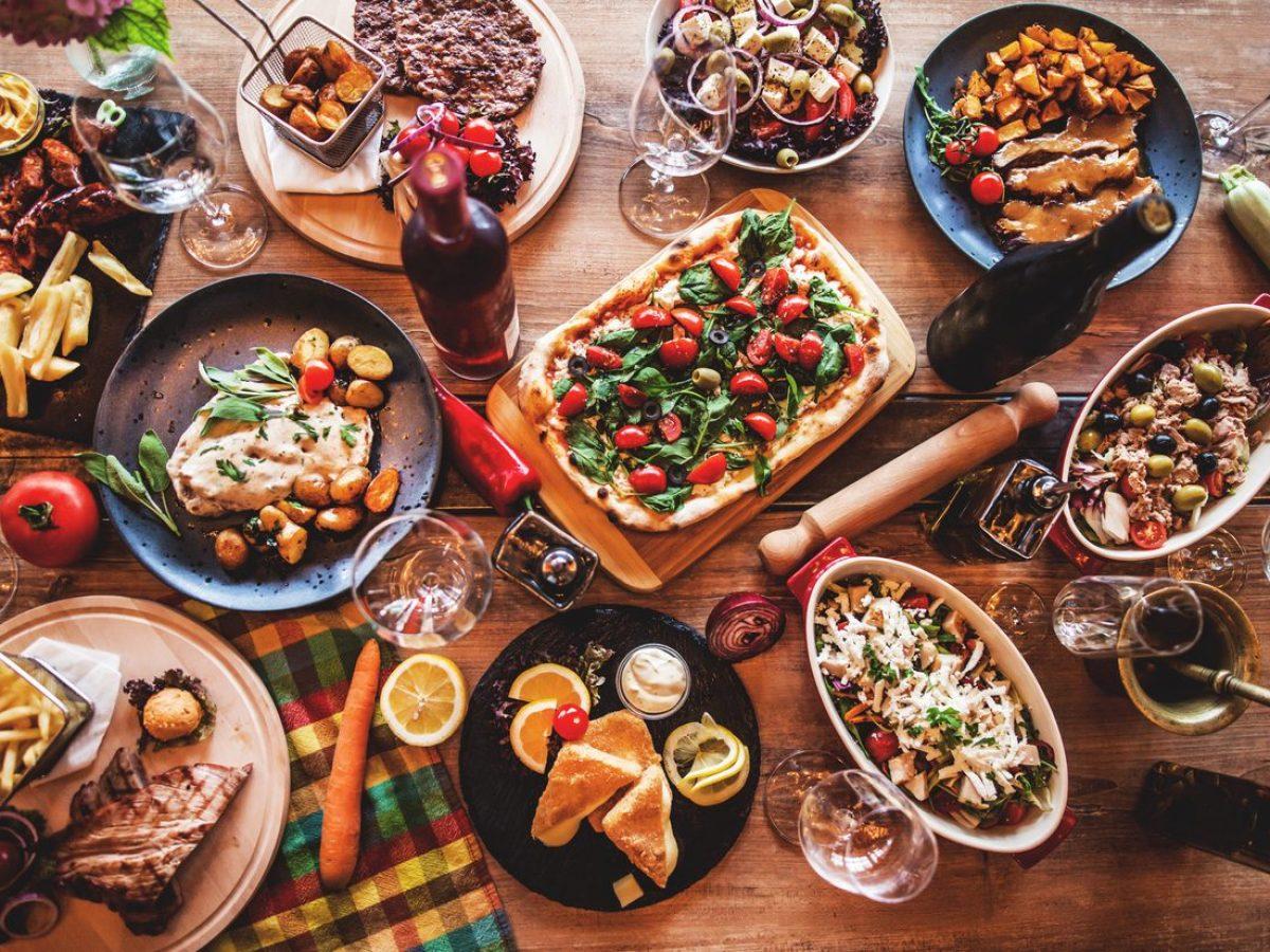 Cosa Cucinare Per Molte Persone 15 antipasti freddi per buffet: le ricette più sfiziose