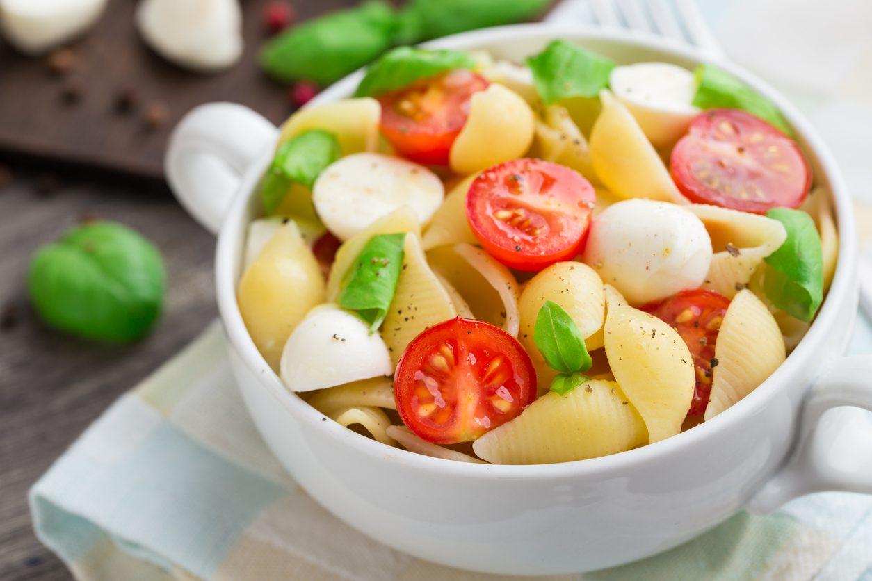 Pasta alla checca: la ricetta del primo piatto fresco e veloce