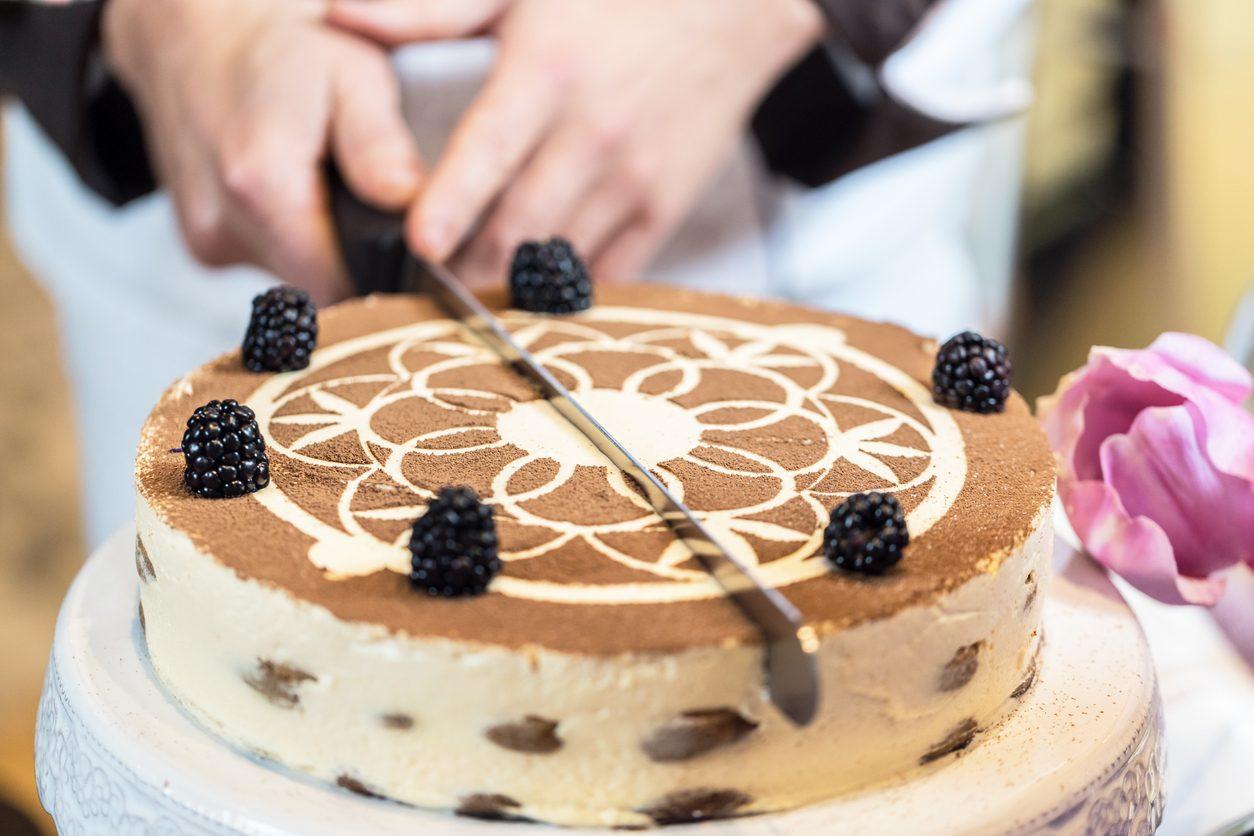Cheesecake tiramisù: la ricetta della torta cremosa e fresca per l'estate