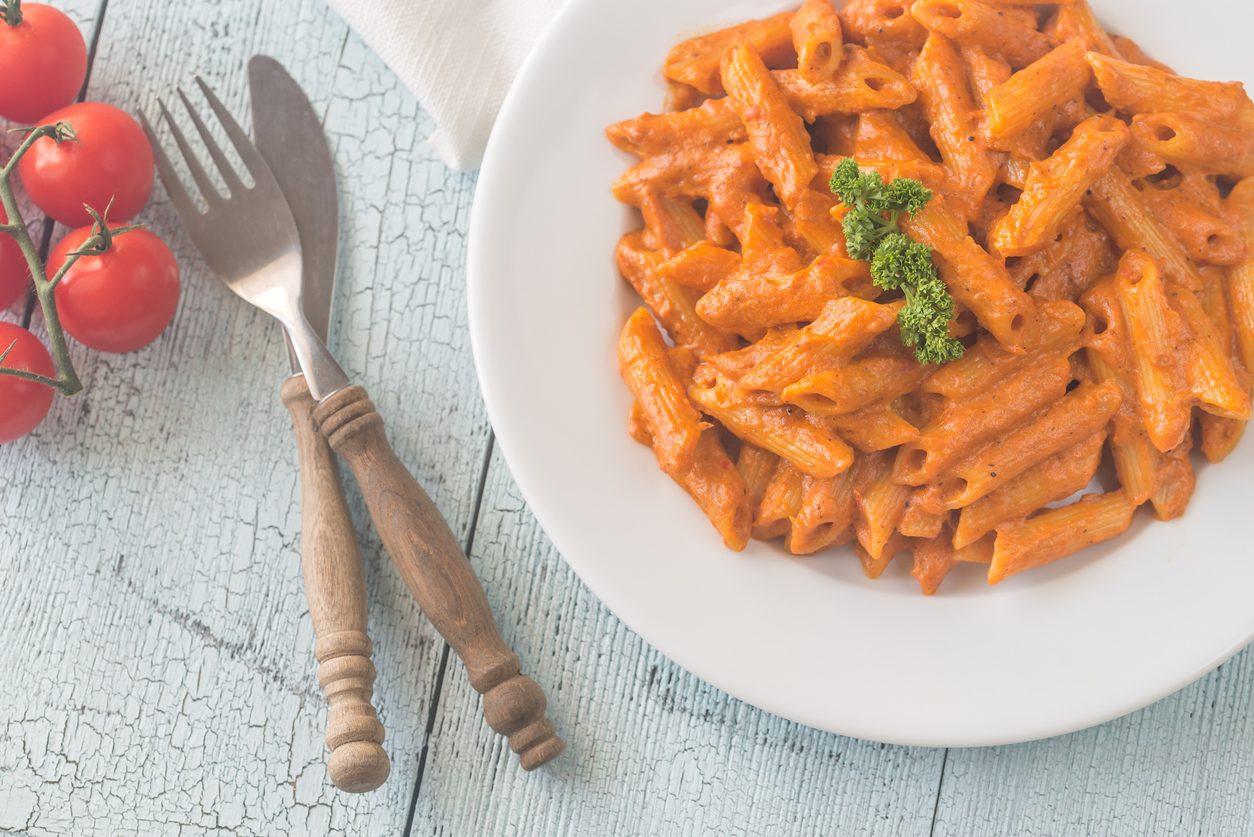 Penne alla vecchia bettola: la ricetta del primo piatto da osteria semplice e cremoso