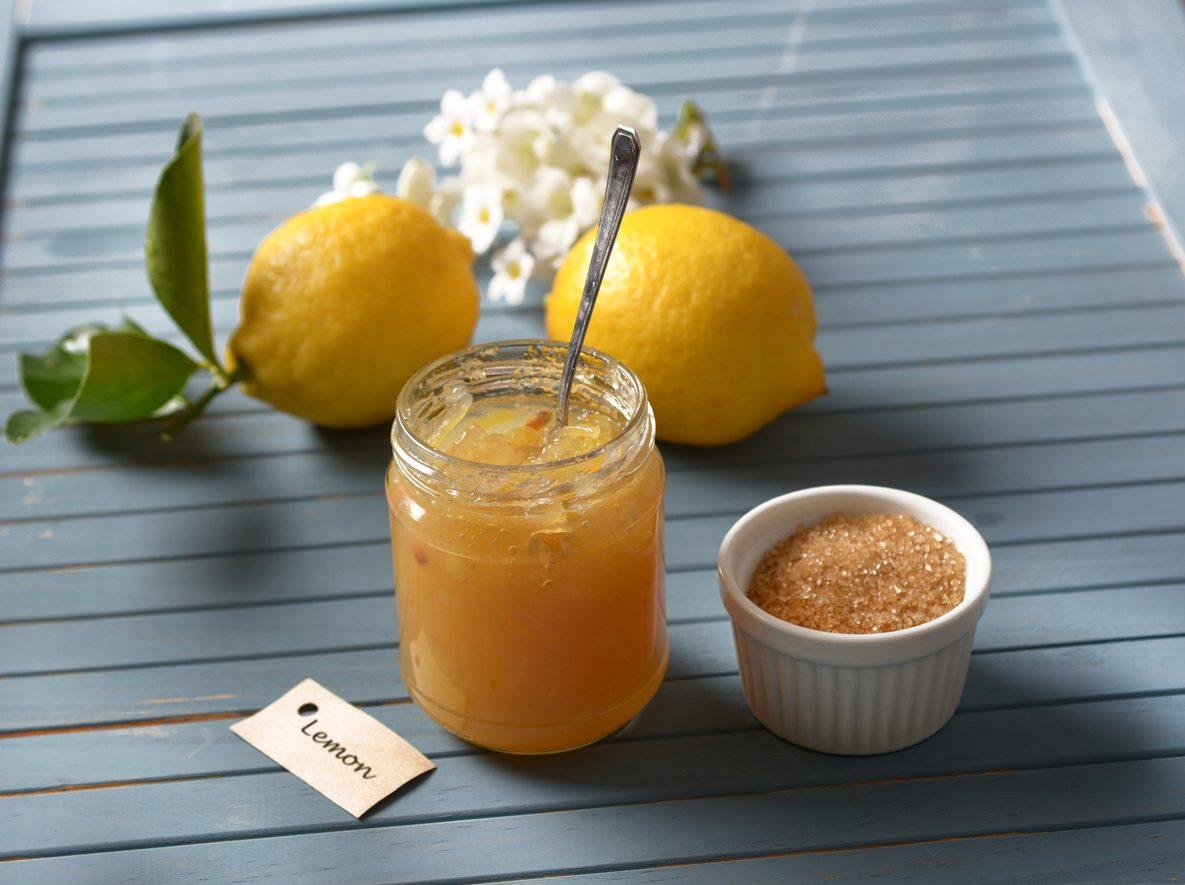 Marmellata di limoni e mele: la ricetta al profumo di zenzero