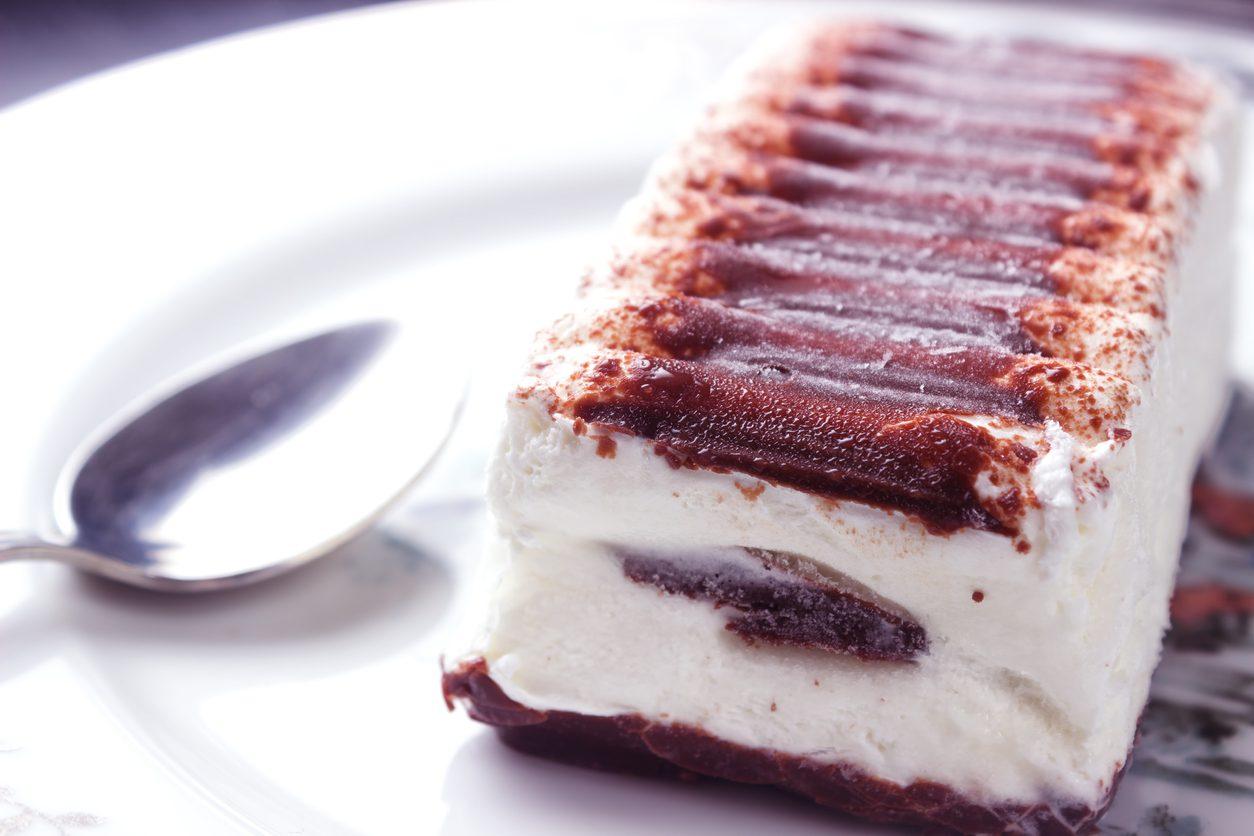 Semifreddo panna e cioccolato: la ricetta del dessert goloso e rinfrescante