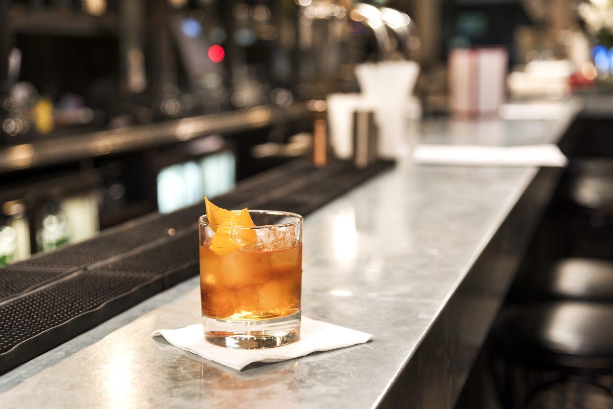 Whiskey sour: la ricetta del cocktail che non conosce rivali
