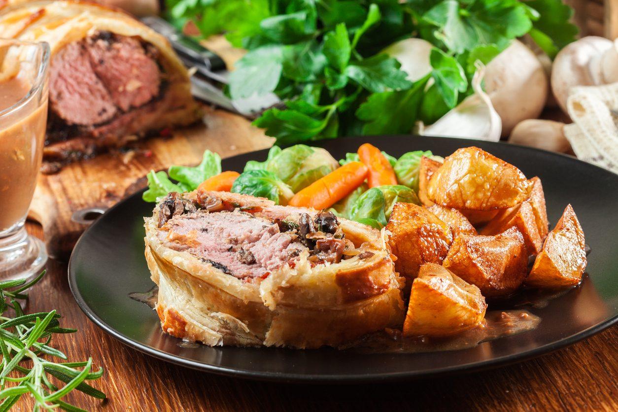 Filetto in crosta di funghi: la ricetta del secondo gourmet spiegata passo passo