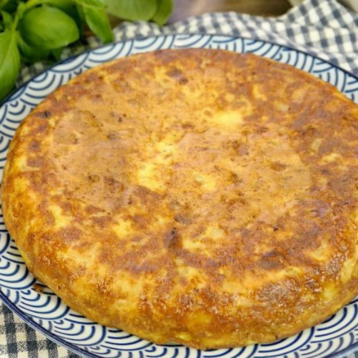 Ricetta Tortillas Patate E Cipolla.Frittata Di Patate E Cipolle La Ricetta Del Piatto Nutriente E Ricco Di Sapore