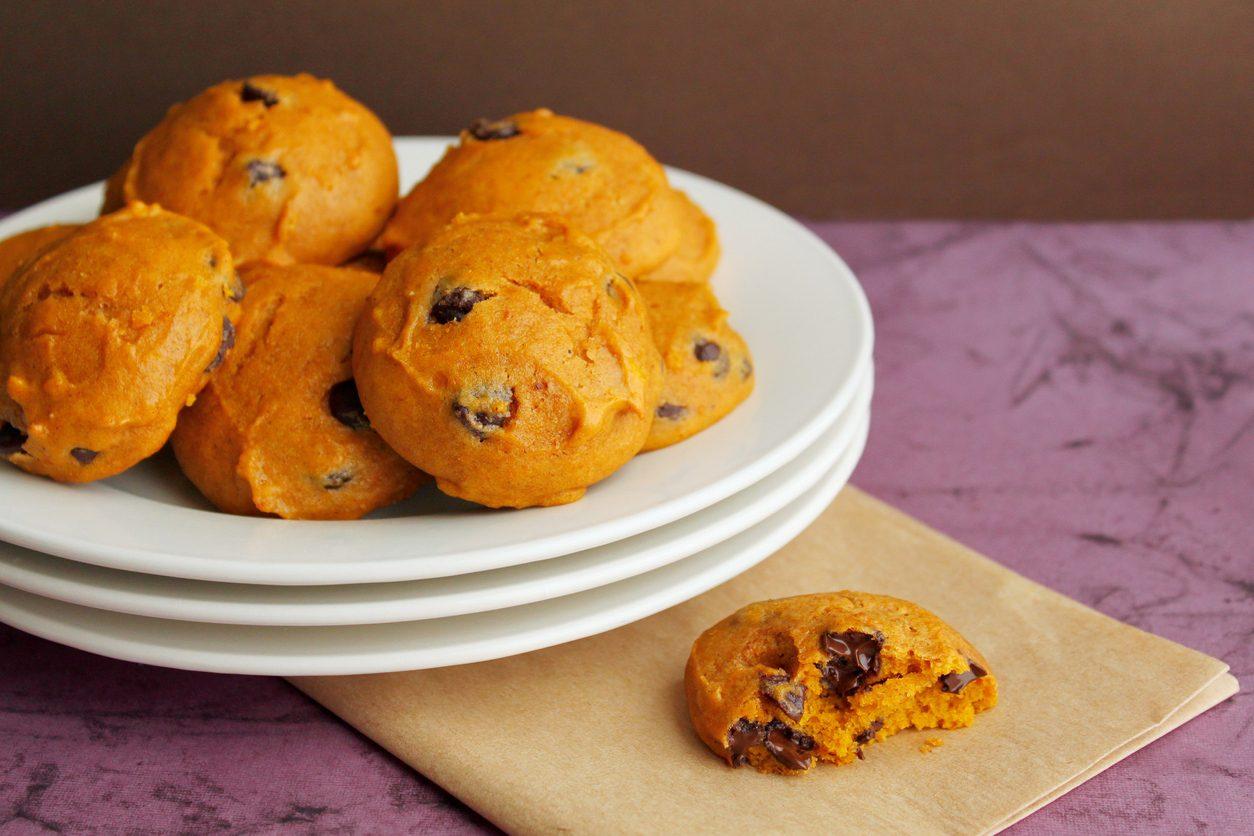 Biscotti alla zucca: la ricetta dei dolcetti golosi per la colazione o la merenda