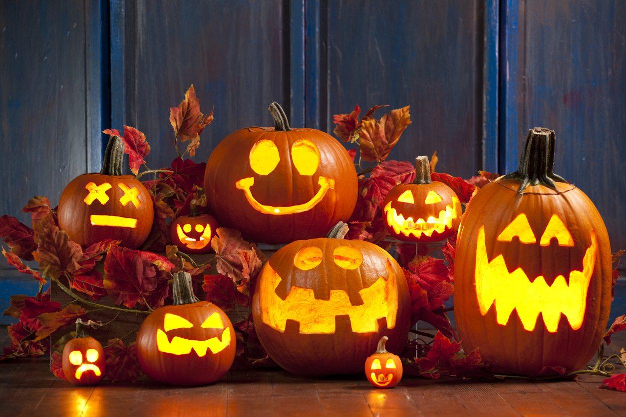Come intagliare la zucca di Halloween: il tutorial per realizzarla passo passo