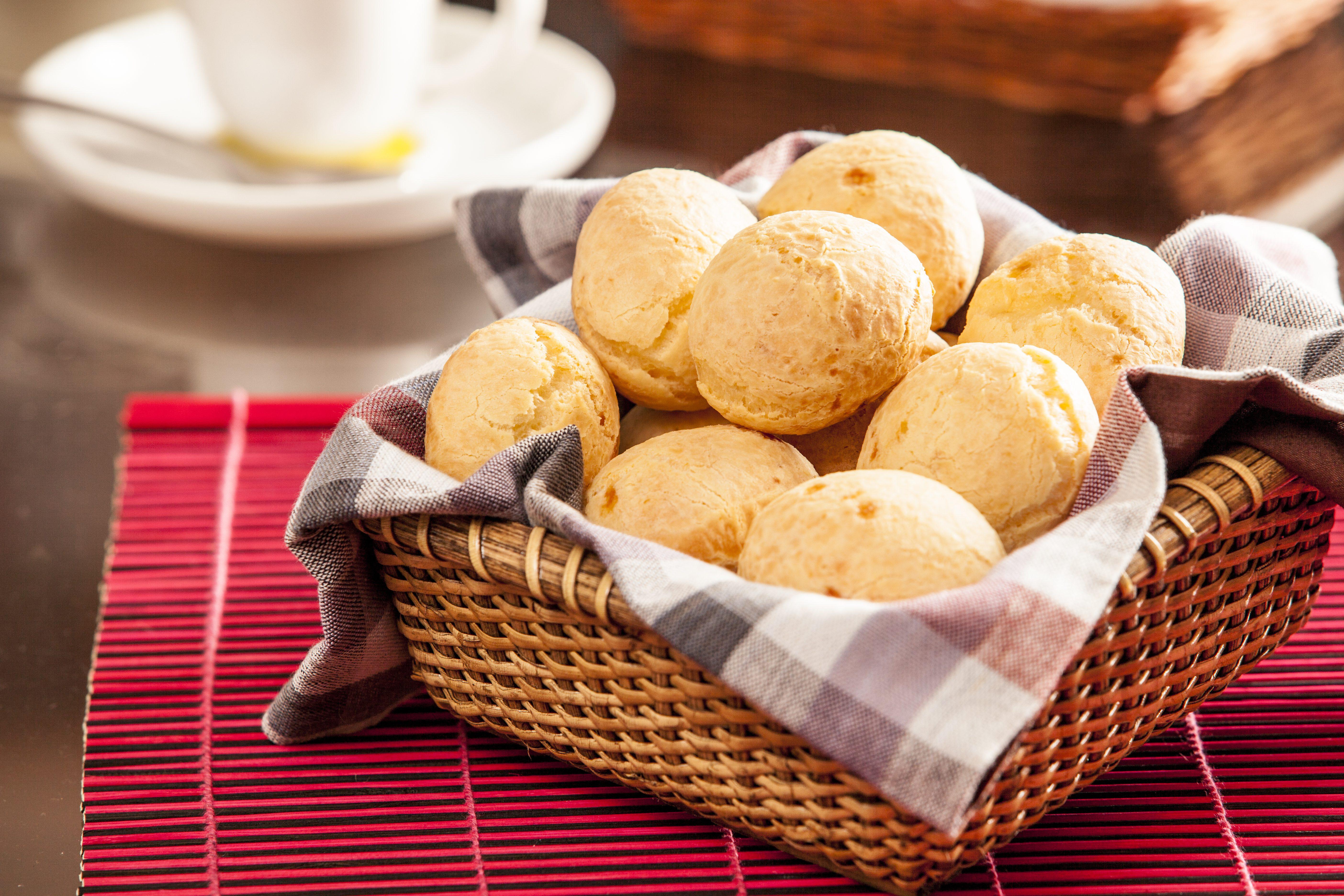 Pao de Queijo: la ricetta brasiliana dei panini al formaggio