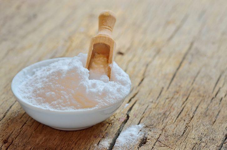 Bicarbonato di sodio in cucina: 8 usi che non ti aspetti