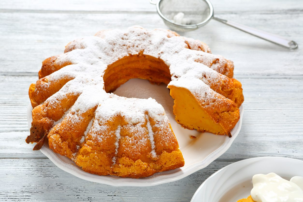 Ciambella alla zucca: la ricetta del dolce soffice da fare in casa in autunno
