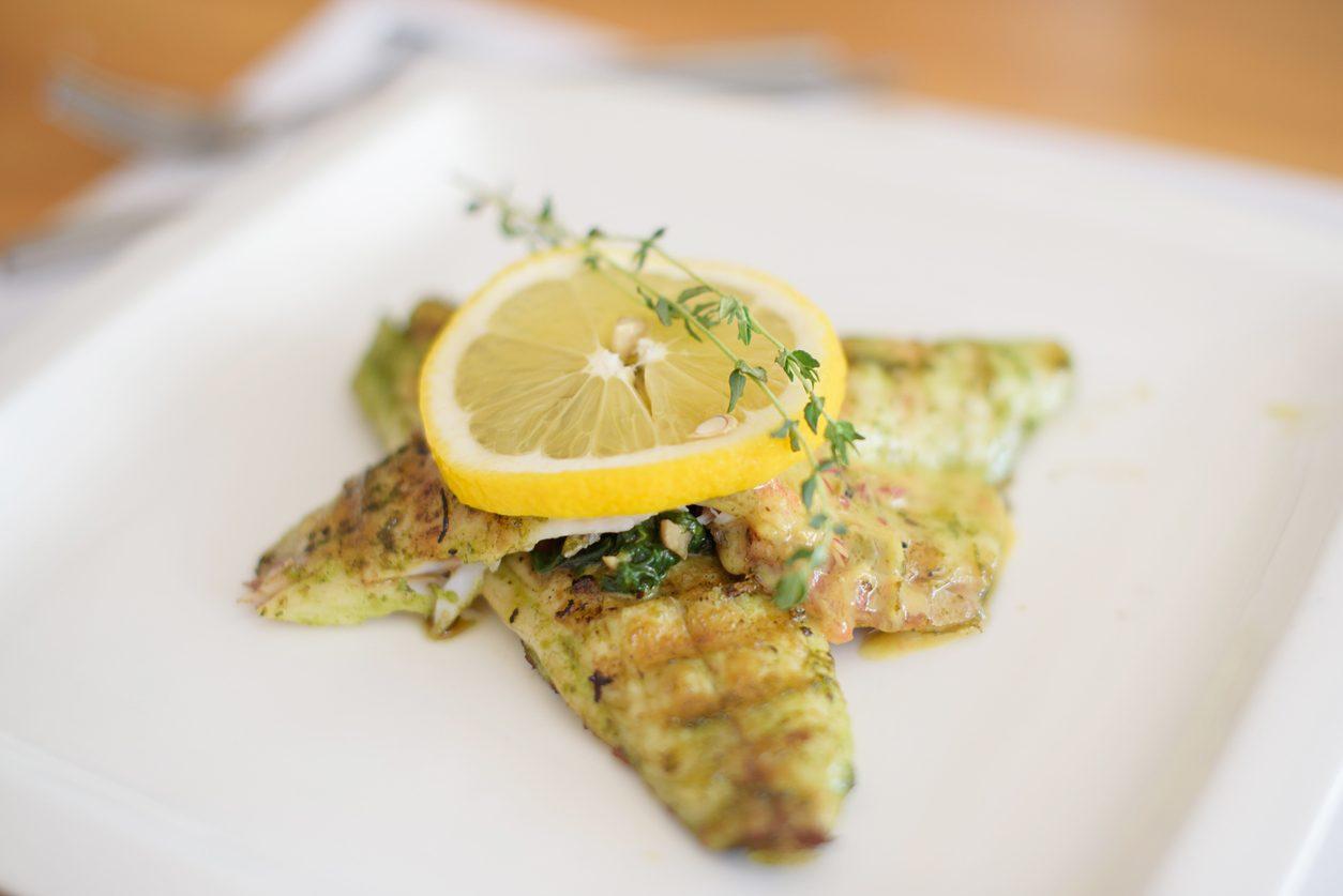 Scaloppine di branzino: la ricetta del secondo di pesce facile e veloce