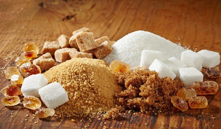 lo zucchero fa male? ecco le quantità massime e le tipologie da scegliere