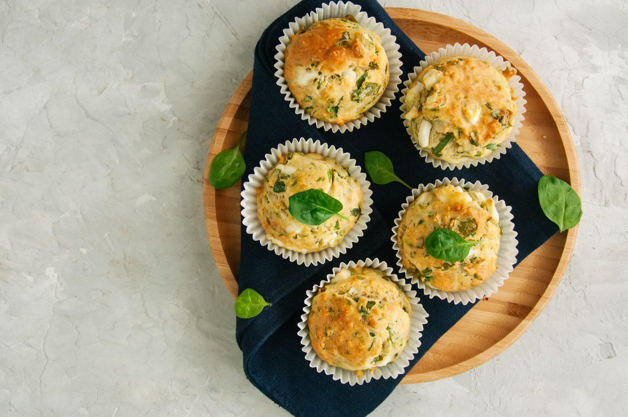 Muffin spinaci e feta: la ricetta dell'antipasto sfizioso e saporito
