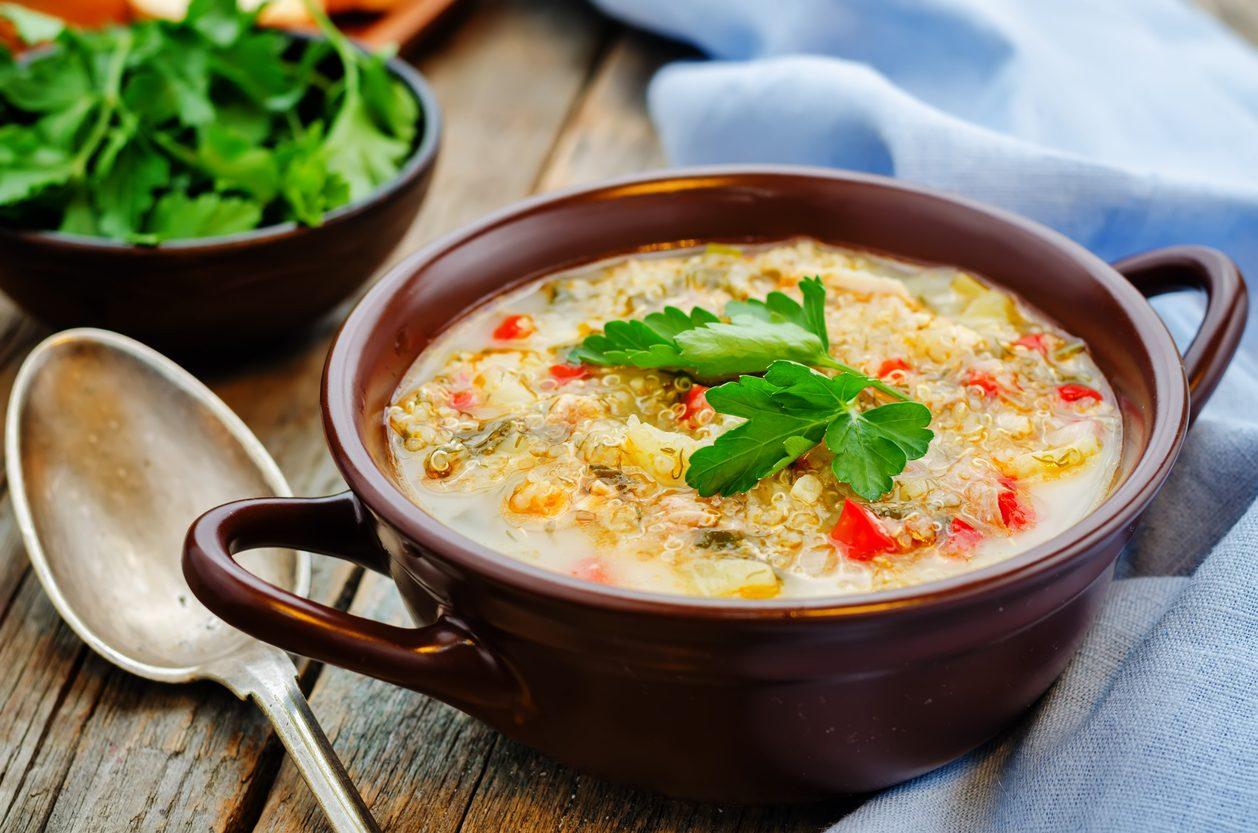 Zuppa di quinoa e peperoni: la ricetta sfiziosa per l'inverno