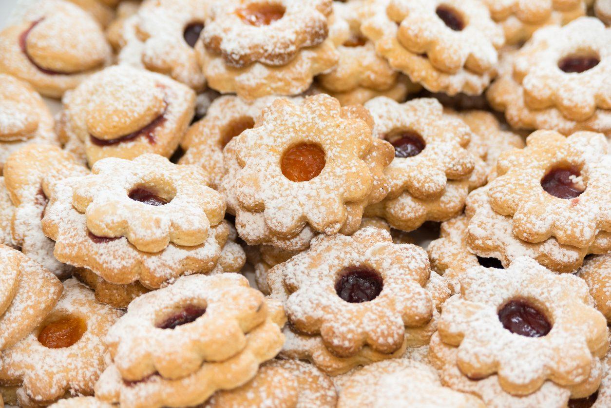 Ciambelline sarde: la ricetta dei biscotti tradizionali ripieni di marmellata