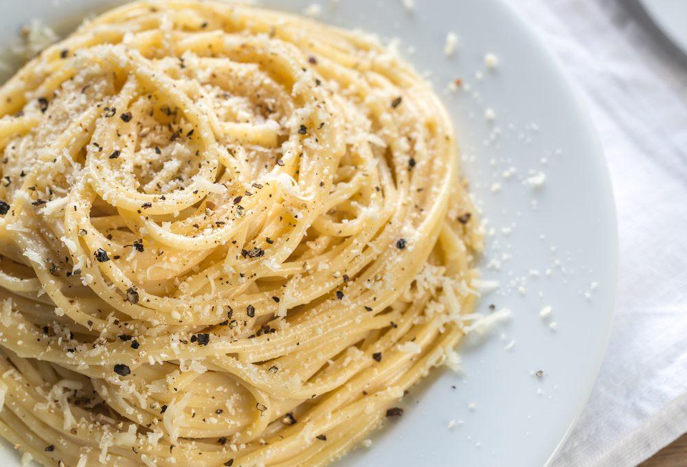 cucina romana, i piatti tipici: la cacio e pepe