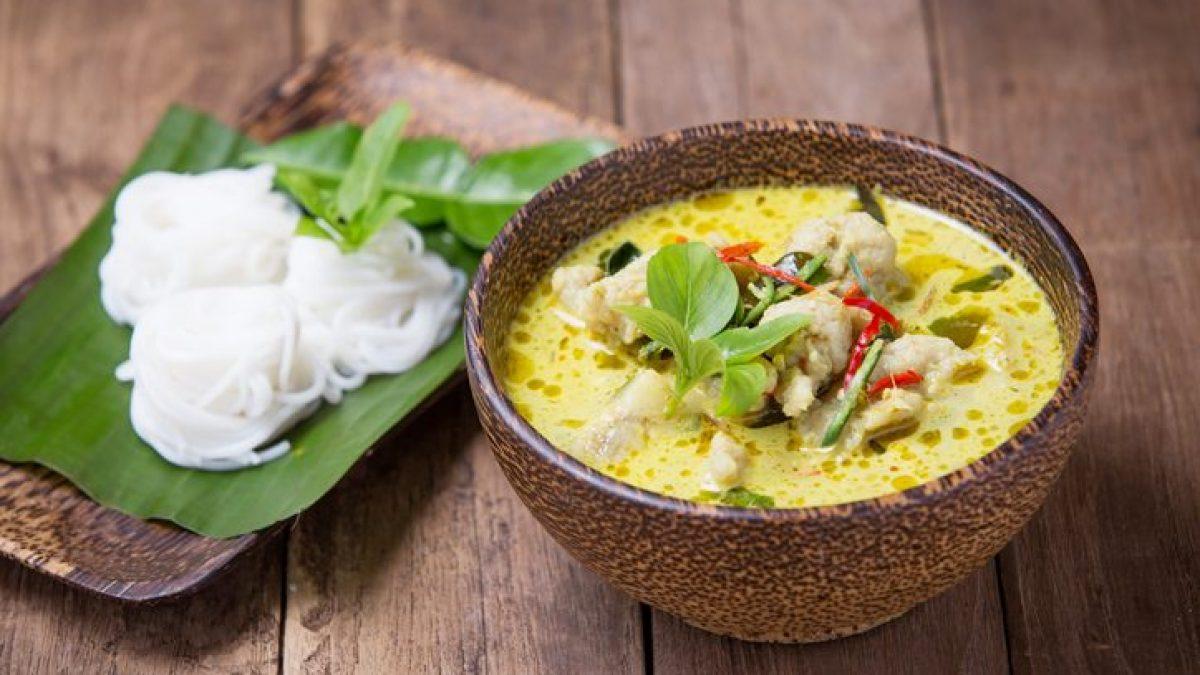 Ricetta Zuppa Thai Con Gamberi.Zuppa Thailandese Con Pollo E Latte Di Cocco La Ricetta Della Tom Kha Gai