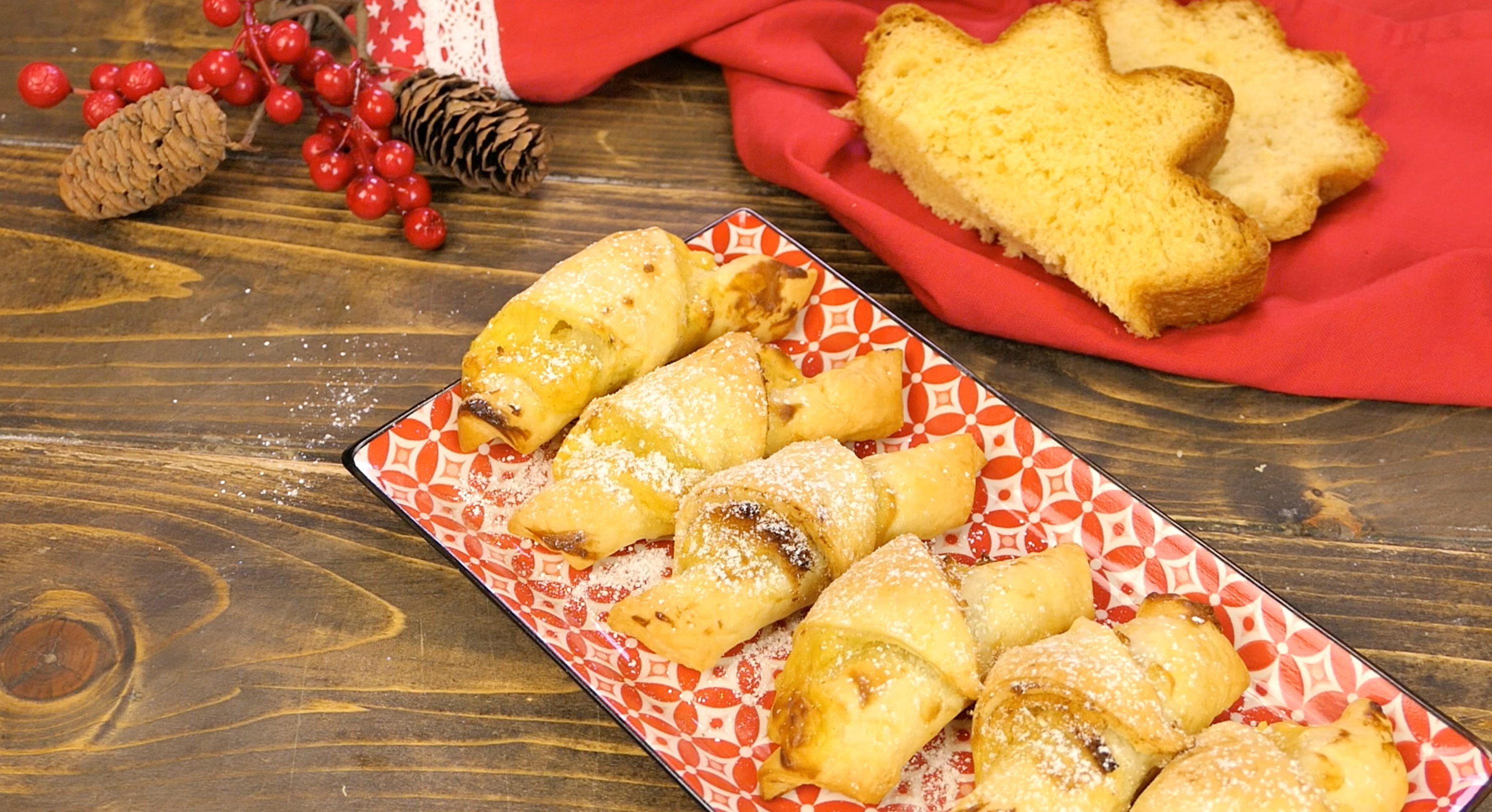 Cornetti di pandoro e sfoglia: la ricetta da riciclo golosa per la colazione