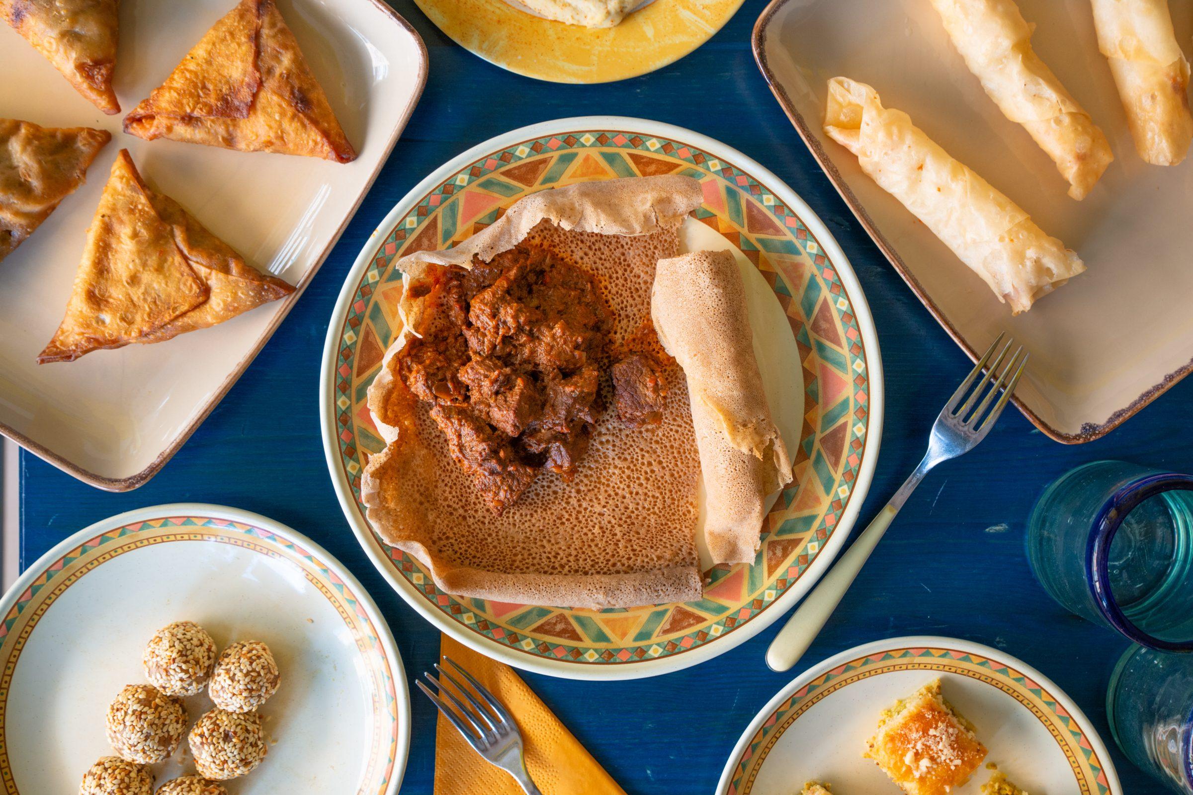 Gustamundo, il ristorante multietnico con i cuochi migranti: eventi e menu di Capodanno