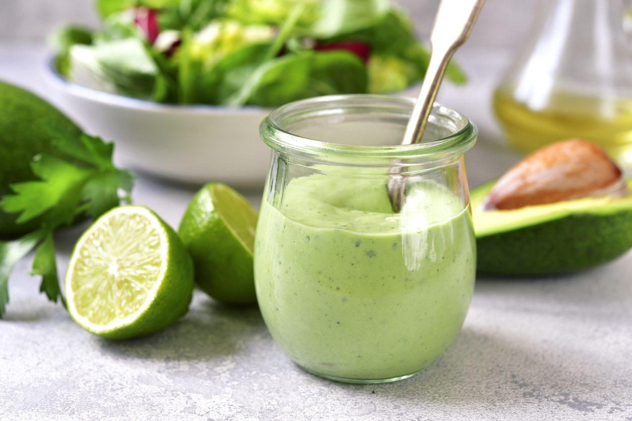 Maionese di avocado: la ricetta della finta maionese in versione vegana