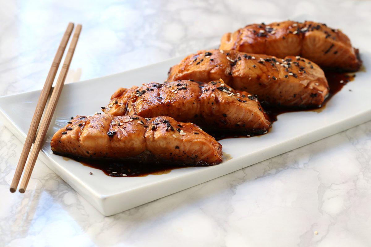 Filetto di salmone in salsa teriyaki: la ricetta del secondo giapponese veloce e gustoso