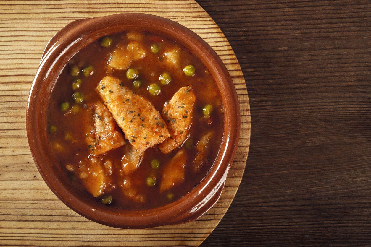 Zuppa di rana pescatrice: la ricetta della pietanza di pesce semplice e saporita