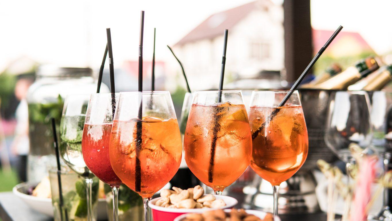 Come organizzare un aperitivo virtuale perfetto a casa